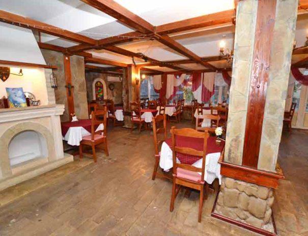 Анапа-АТРИУМ-ресторан-2